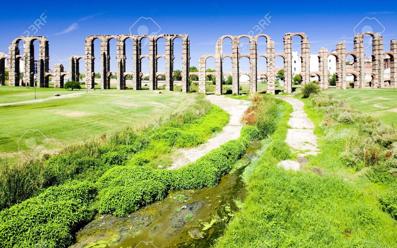Aqueduct of Los Milagros, Merida, Badajoz Province, Extremadura, Spain Stock Photo - 6498708