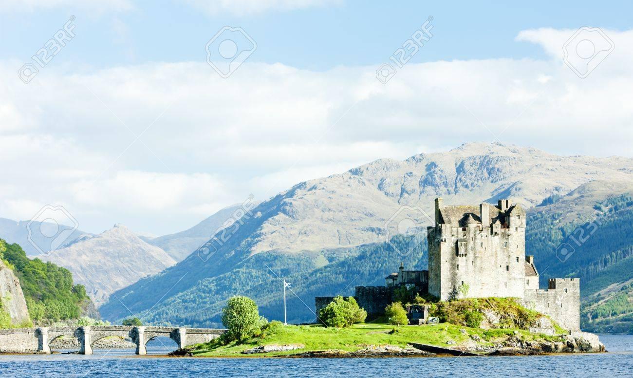 Eilean Donan Castle, Loch Duich, Scotland Stock Photo - 10420978