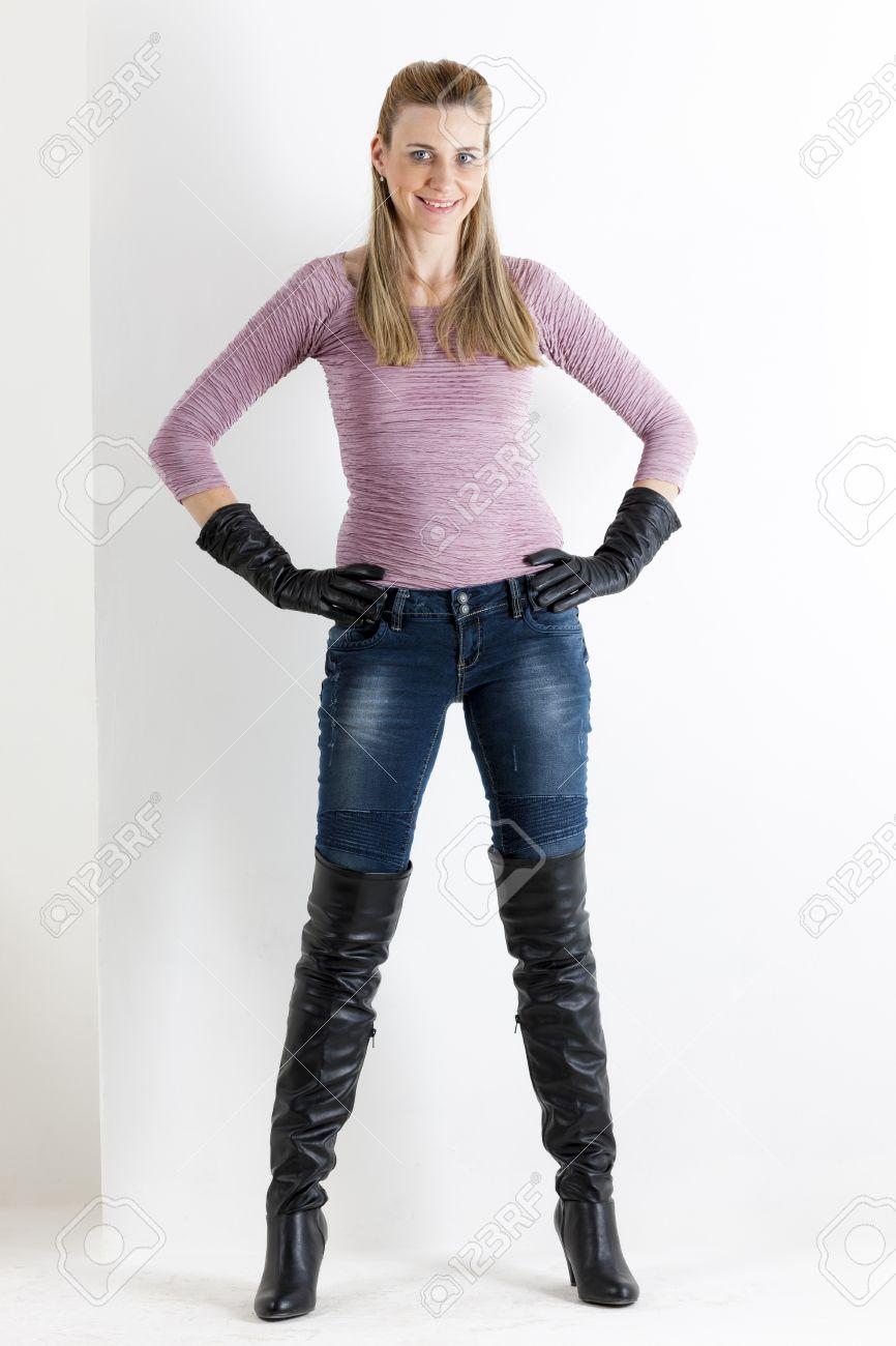 Women Wearing Boots - Cr Boot