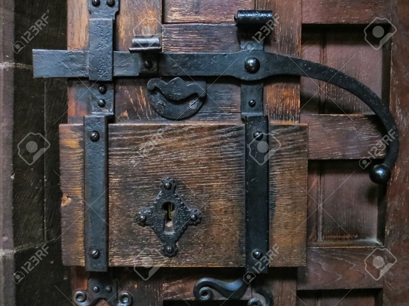 Old door latch at Chester Cathedral Stock Photo - 15839397 - Old Door Latch At Chester Cathedral Stock Photo, Picture And