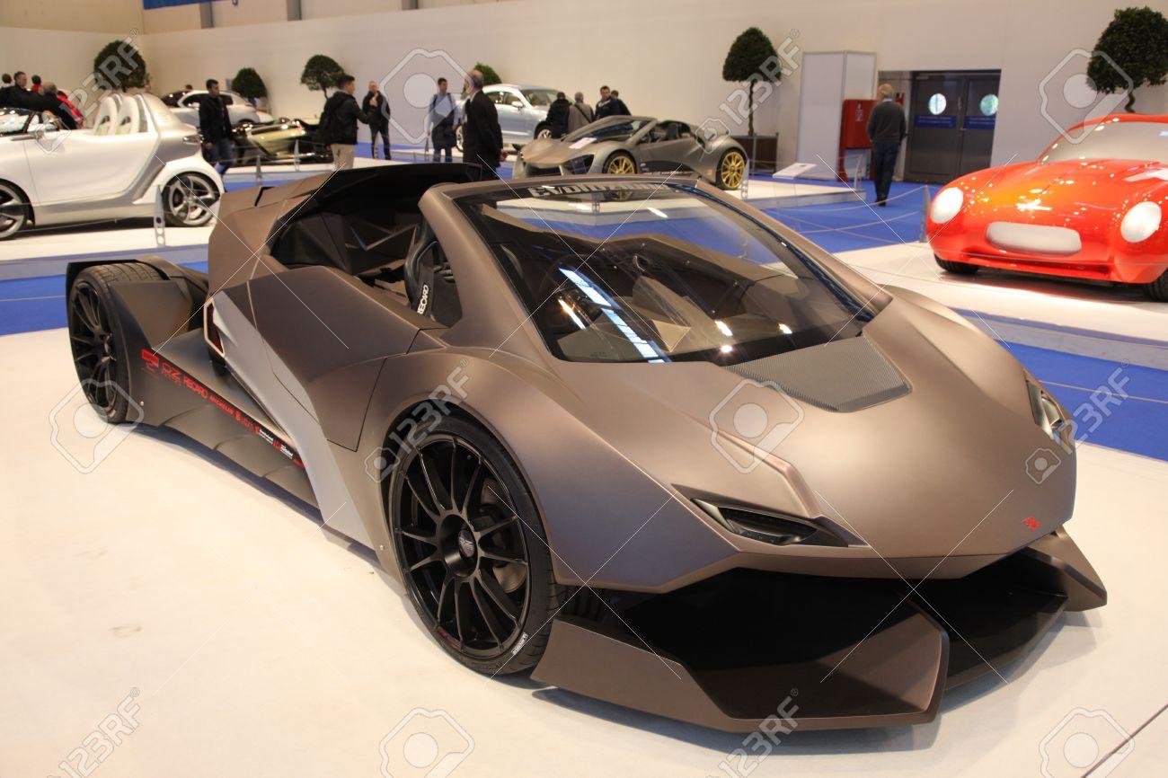 Essen Nov 29 Sbarro Evoluzione Lamborghini Styled Go Kart Stock