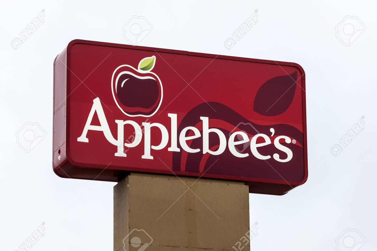 Dallas Tx Usa Apr 17 2016 Applebees Restaurant Sign And