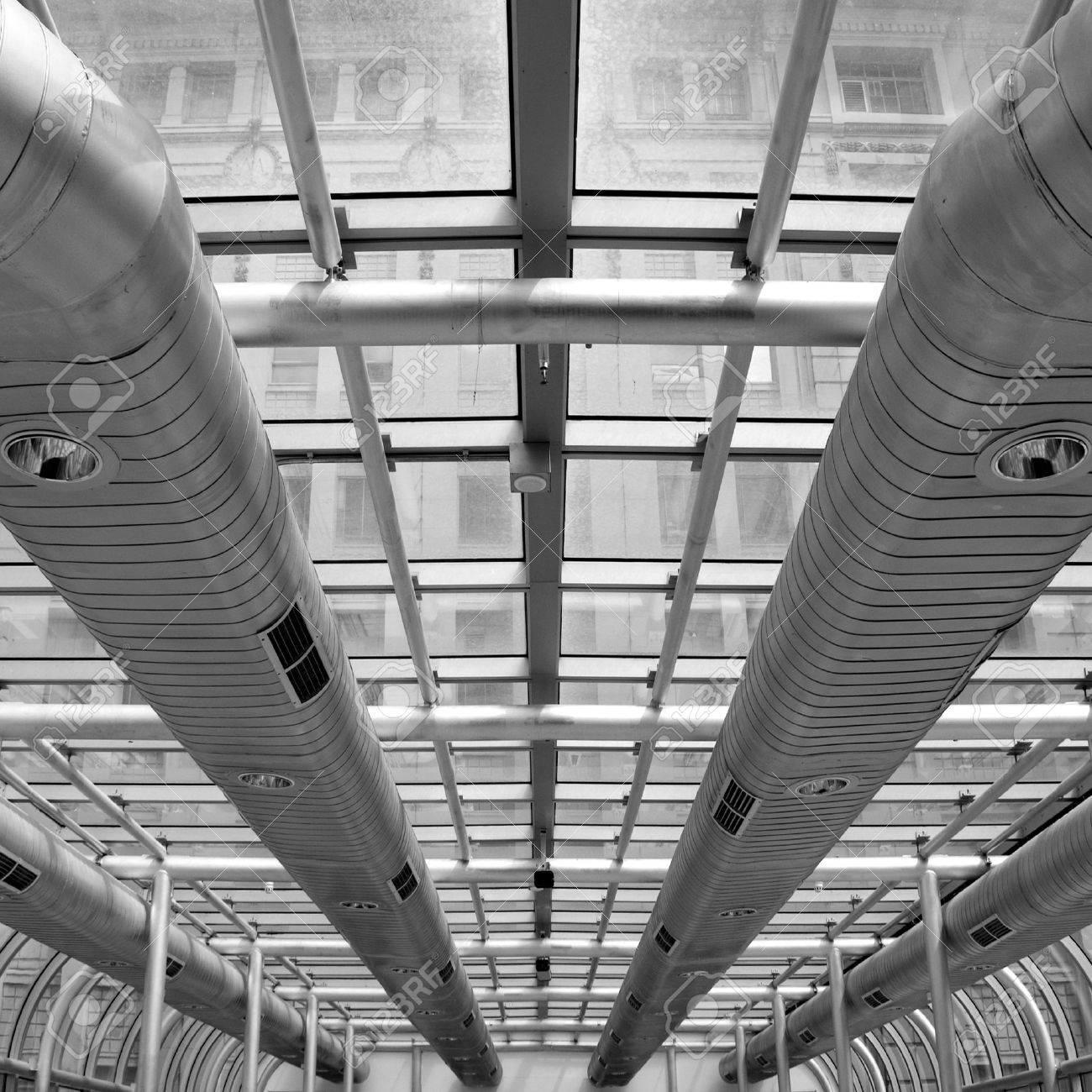 メルボルン、オーストラリアのモダンな建物の空調用ダクト 写真素材 , 9381311