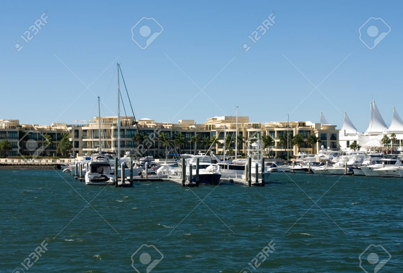 A waterway scene, Surfers Paradise, Queensland, Australia Stock Photo - 11013705