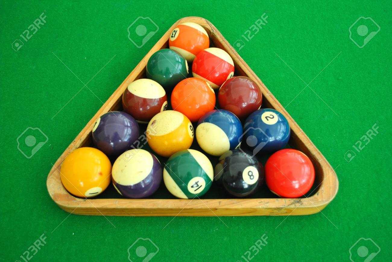Snooker Palla è Sul Tavolo Da Biliardo Foto Royalty Free, Immagini ...