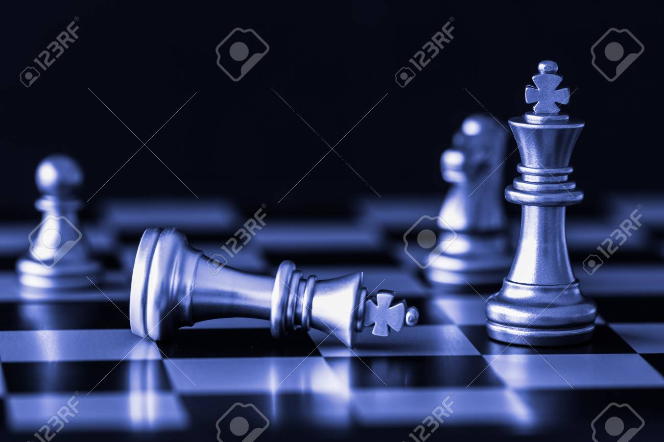 Strategy chess battle Intelligence challenge game on chessboard. Success the strategy concept. Chess business leader and success idea. Chess strategy game business competition success play. - 88126132
