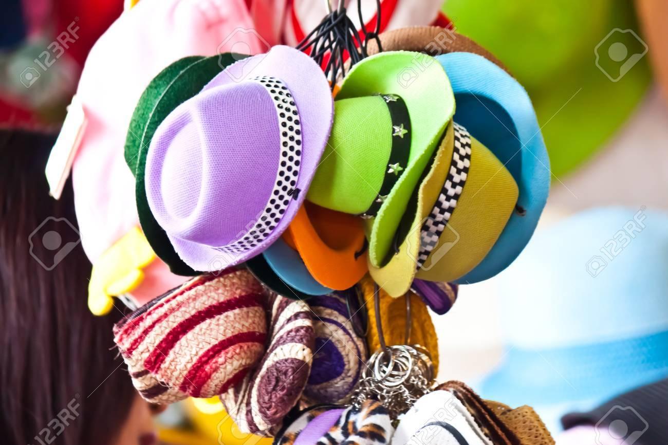 hat fashion style - 18702601