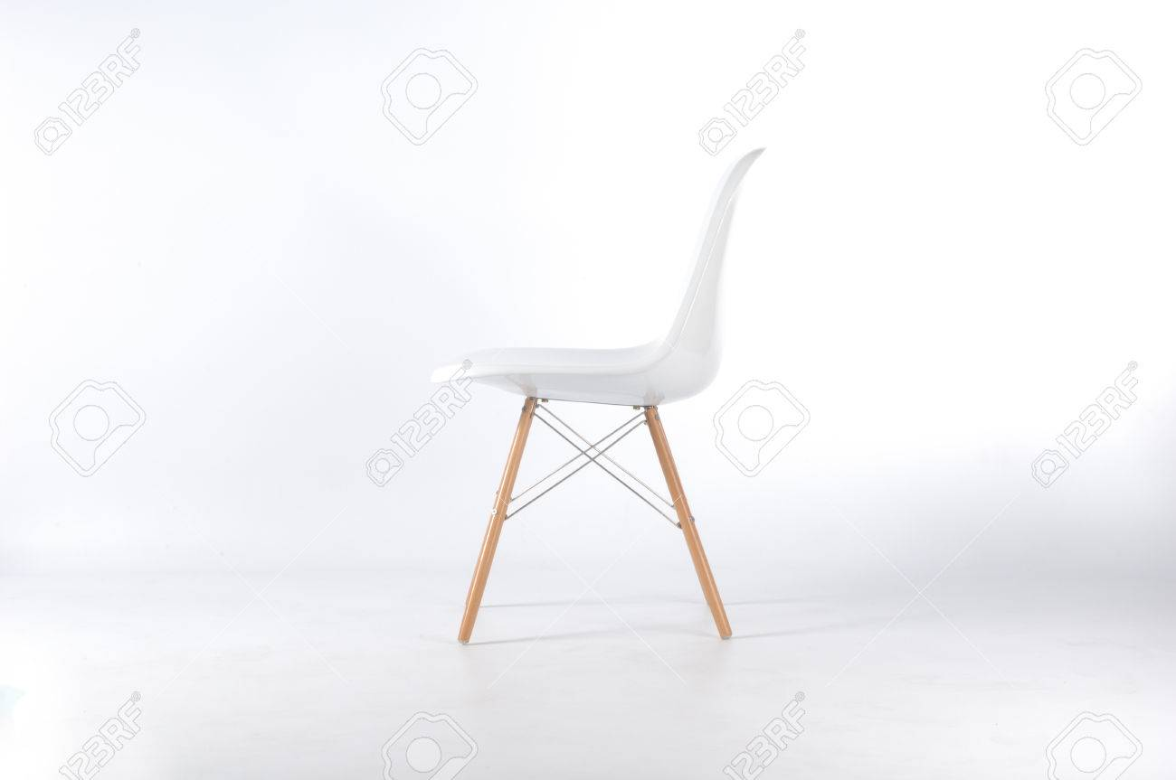 Eames chair white white background Stock Photo - 41922764  sc 1 st  123RF.com & Eames Chair White White Background Stock Photo Picture And Royalty ...