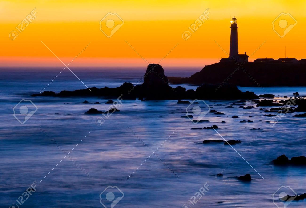 Pigeon Point Lighthouse in California at night right after sunset Stock Photo - 6152118