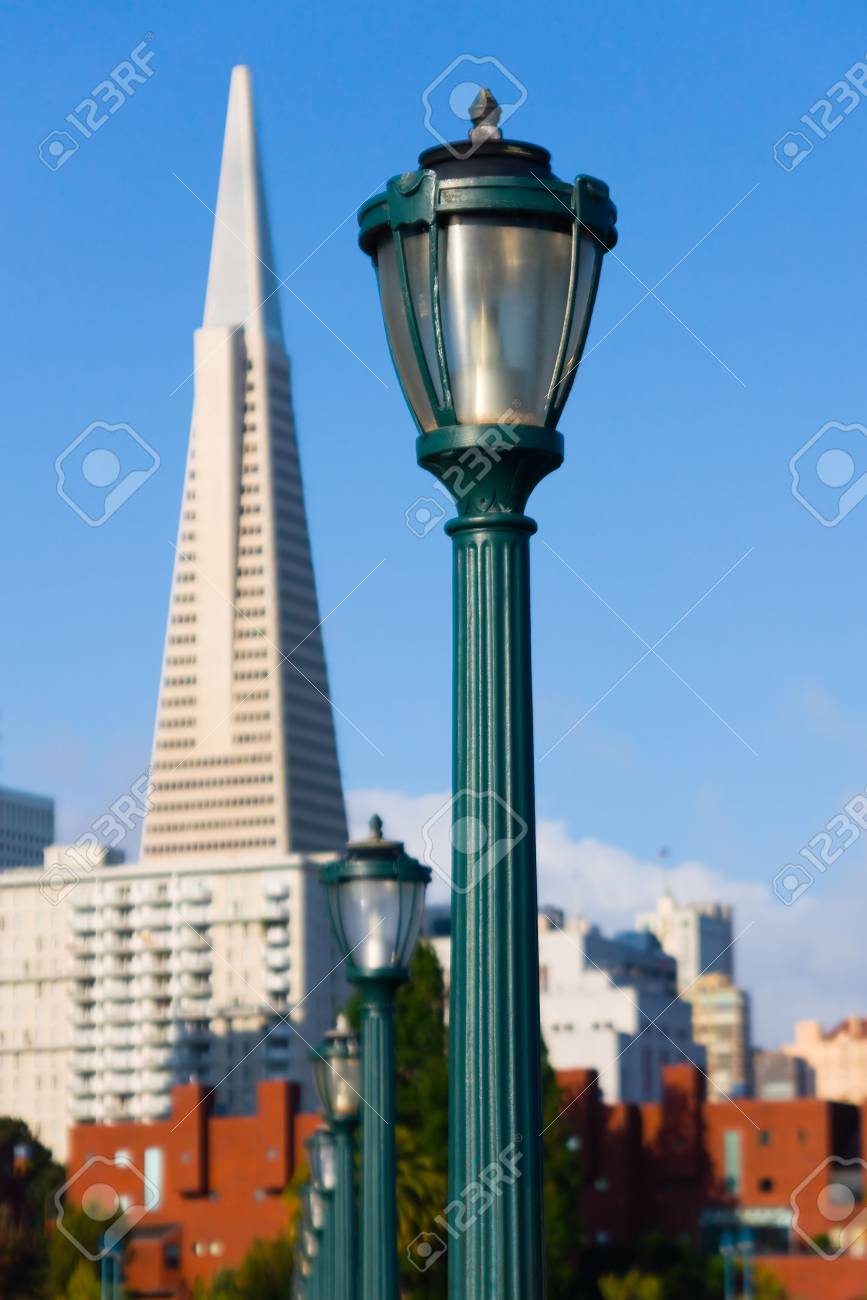 Lamp post in San Francisco Stock Photo - 6292011