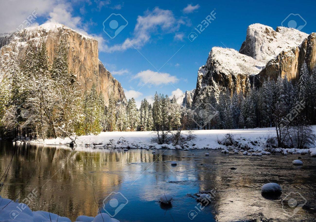 Yosemite Valley in winter Stock Photo - 8153690