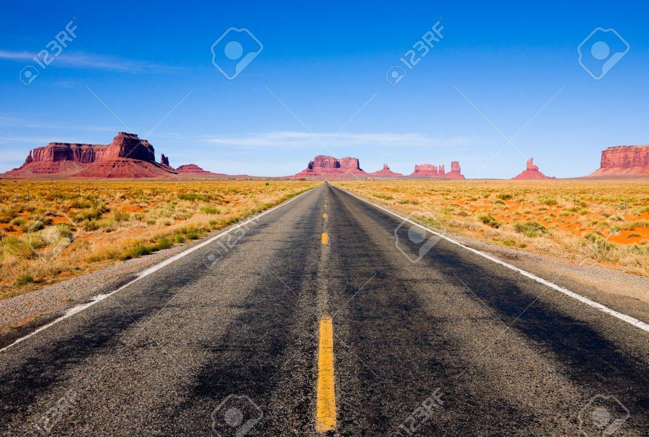 Highway 163 in Monument Valley Stock Photo - 9749022