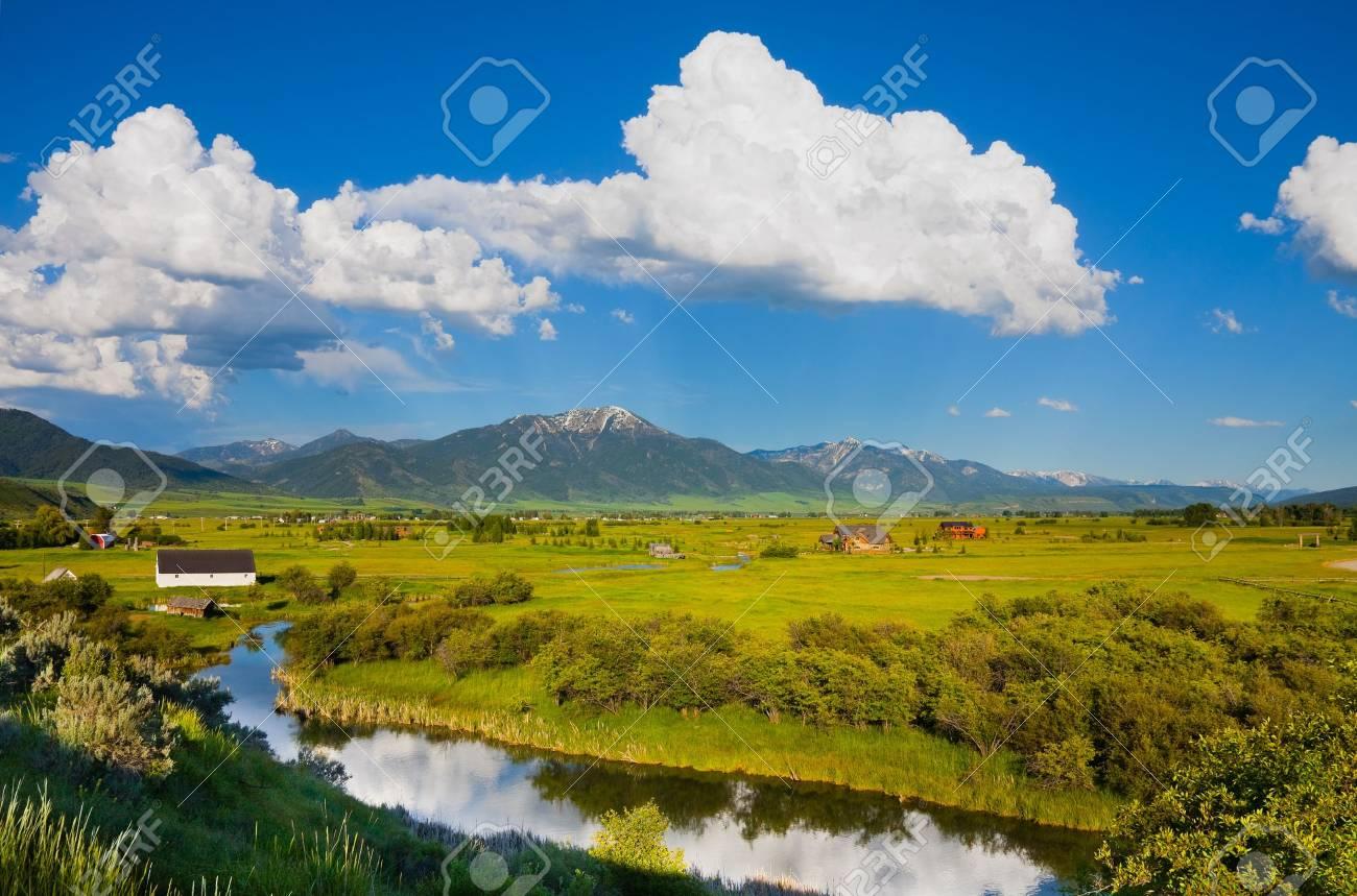Countryside in eastern Idaho - 18519607