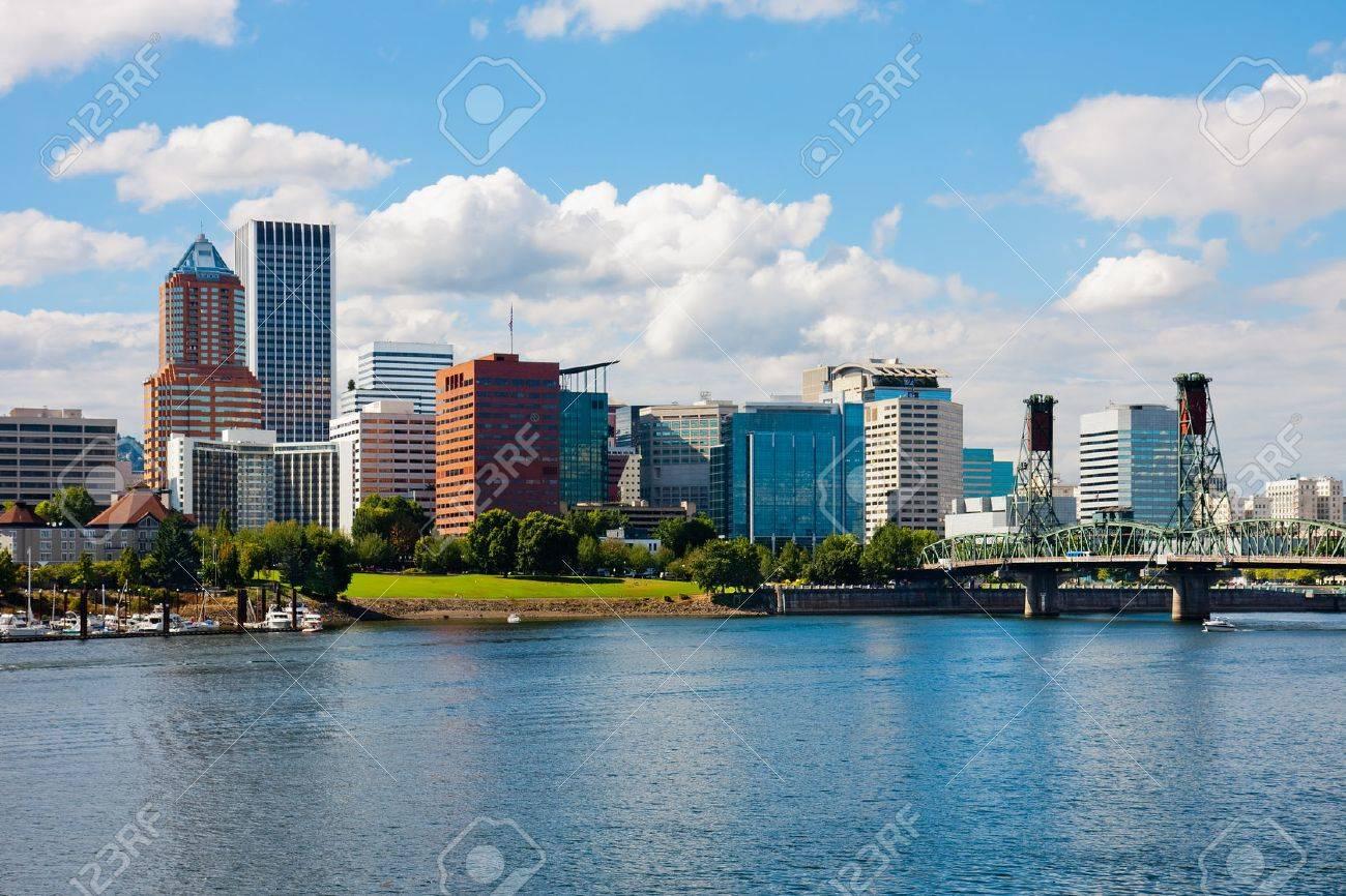 Portland Oregon - 26851137