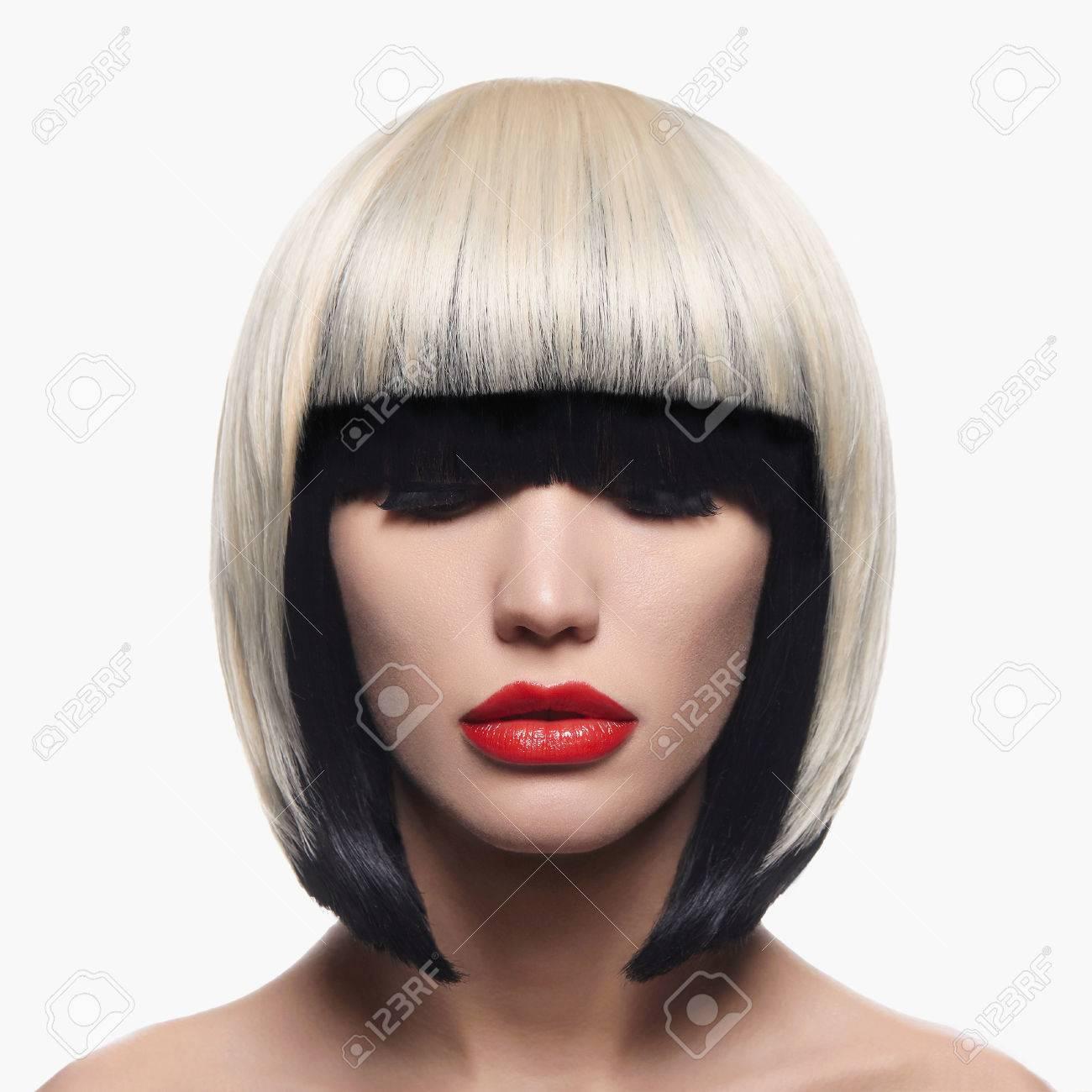 ボブ 髪型 女