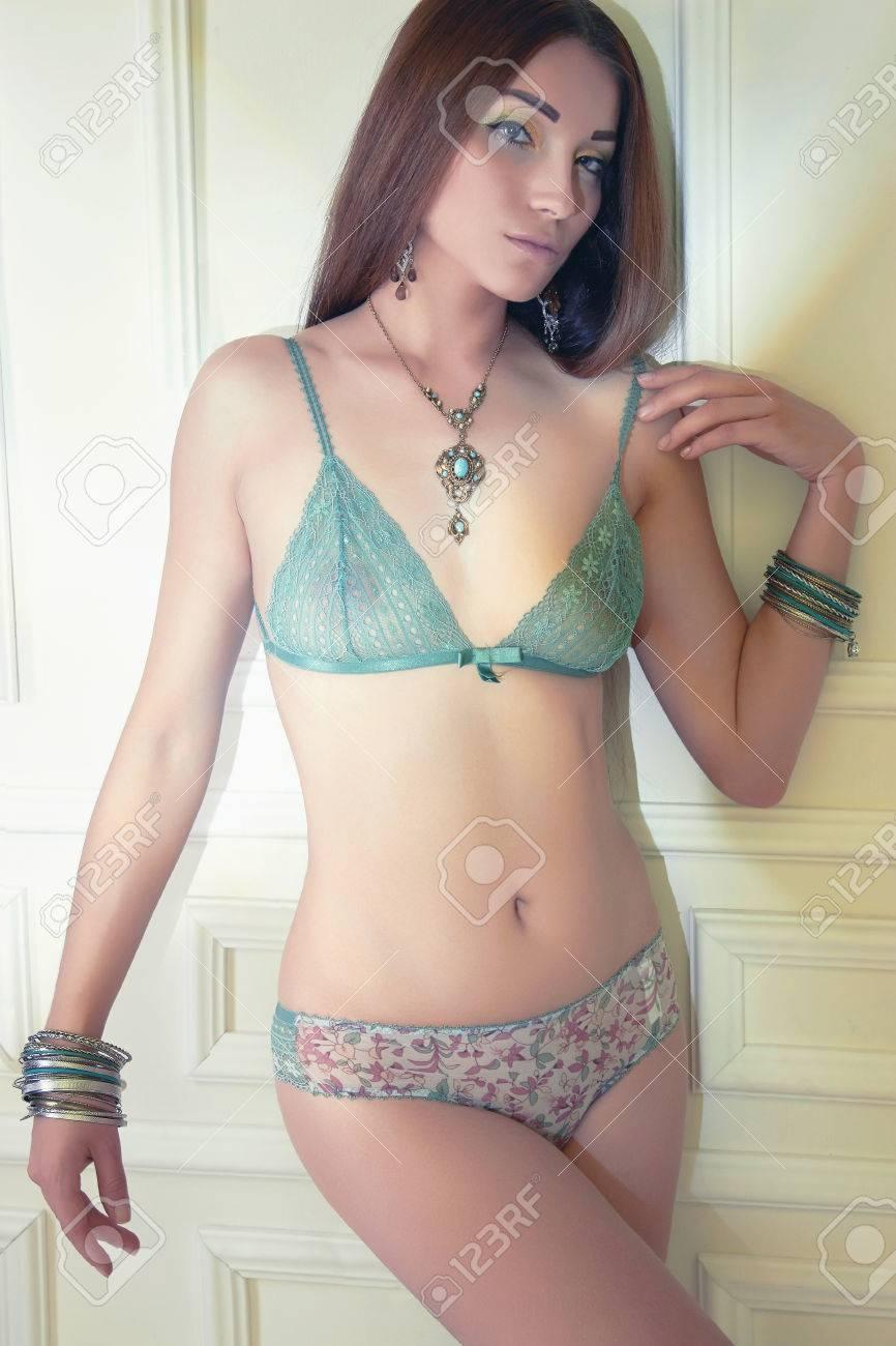 Mädchen in sexy unterwäsche