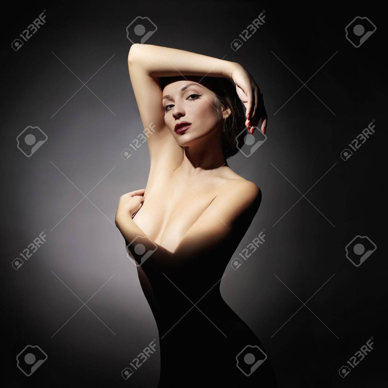 Models nackte frauen Nackte willige