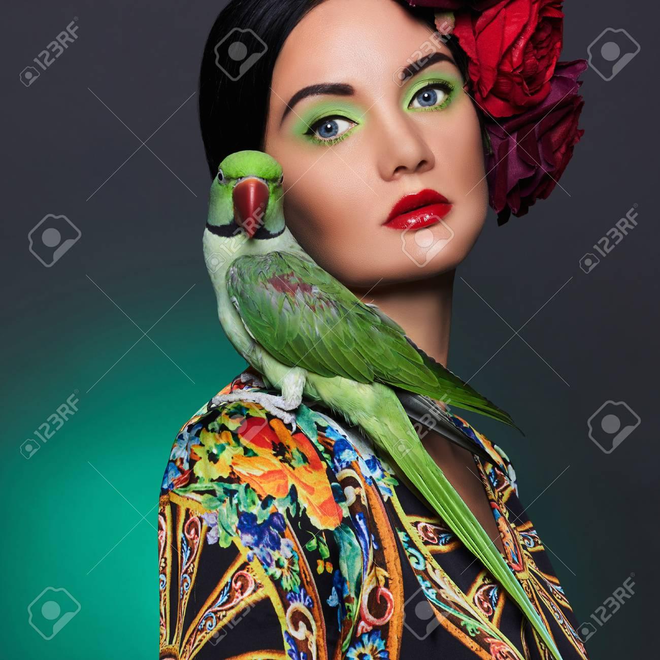 Excepcional Pelo Y Maquillaje De Uñas Regalo - Ideas Para Pintar ...