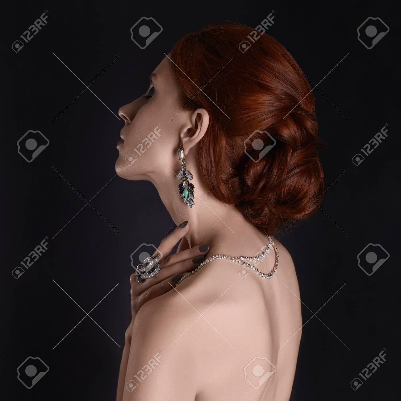 Nude girls in jewelry — 9