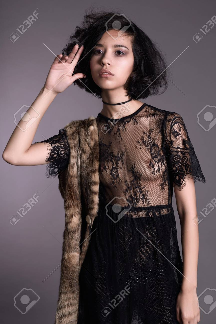 transparente kleider madels