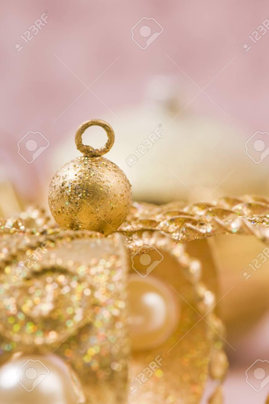 Golden Christmas Decorations, Close-up Royalty-Vrije Foto, Plaatjes ...