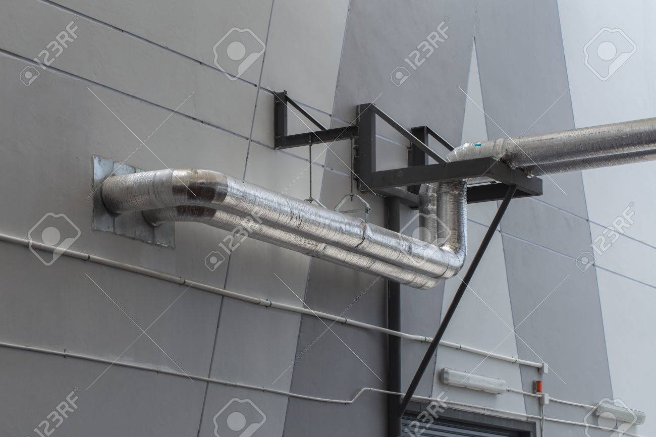 industrial air and water pipe cover with Aluminium Foil Thermo guard Stock Photo - 83779391 & Industrial Air And Water Pipe Cover With Aluminium Foil Thermo ...