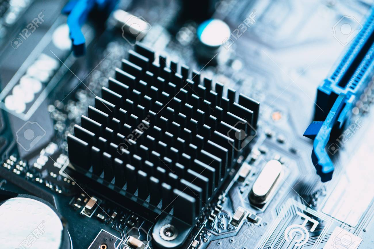 aluminum heat sink install at computer circuit board for cooling rh 123rf com