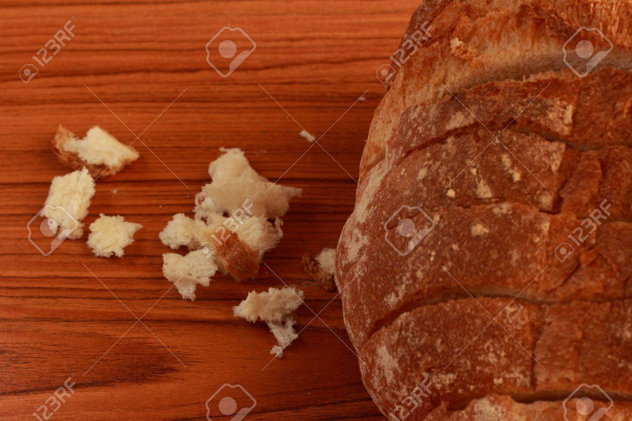 Bread Stock Photo - 13407910