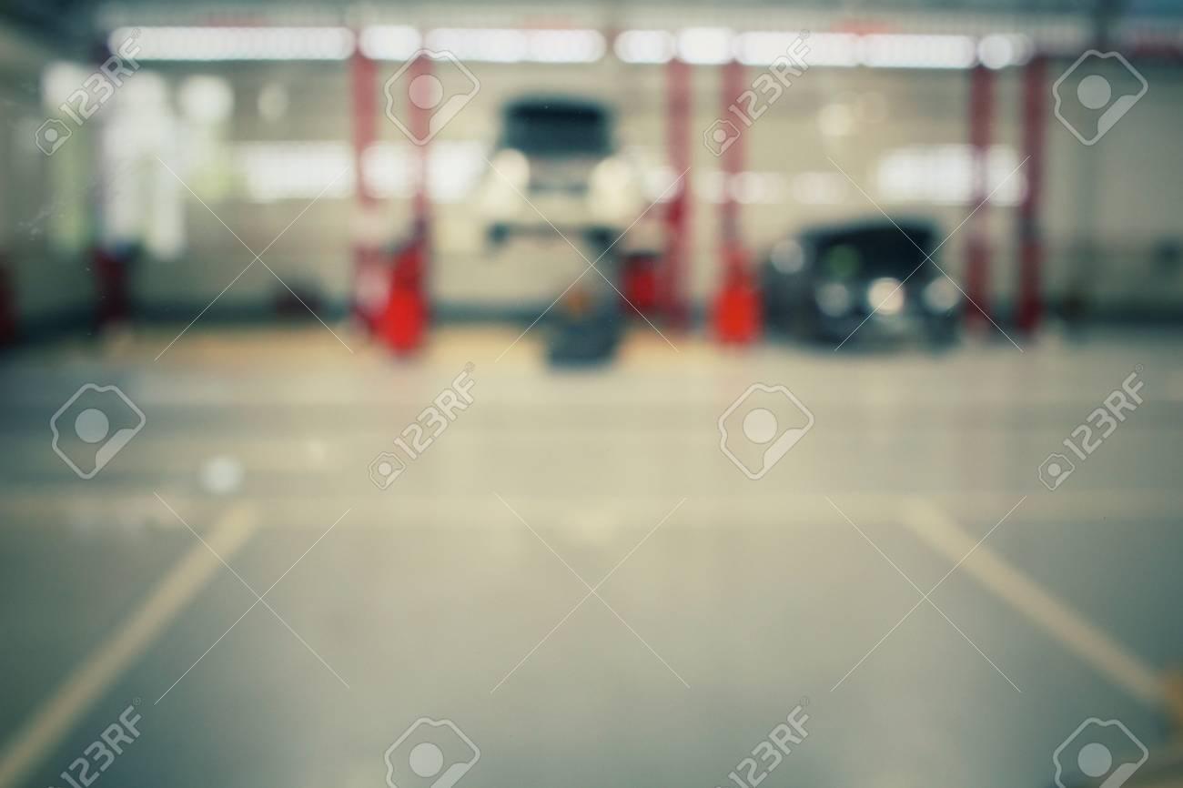 Blurred of repair service station Standard-Bild - 39670276