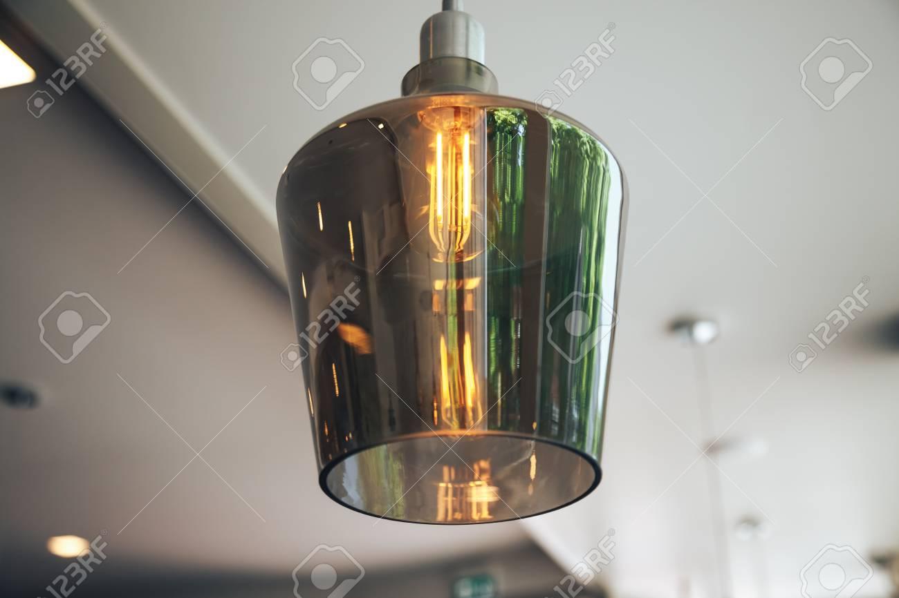 Ad Stock Le Caffè Immagini In Lampade Incandescenza Un Moderno 0P8nwOkX