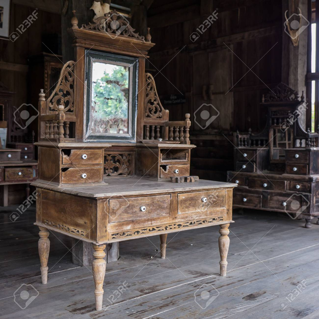 Stock Photo - Vintage dressing table, old-fashioned wooden vanity in old  house - Vintage Dressing Table, Old-fashioned Wooden Vanity In Old House