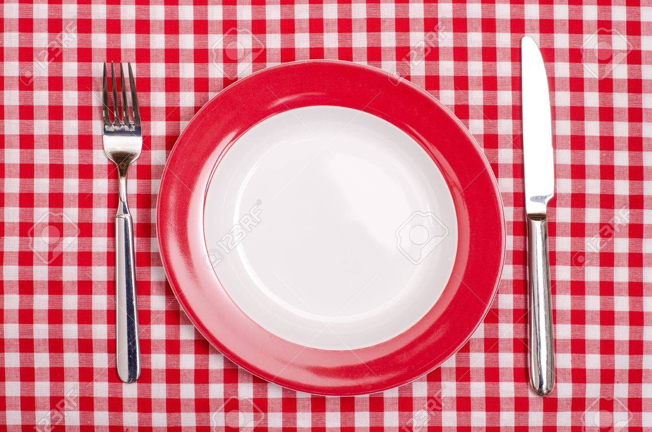 Super Plate With Fork And Knife On A Red And White Checked Table Cloth Download Free Architecture Designs Grimeyleaguecom