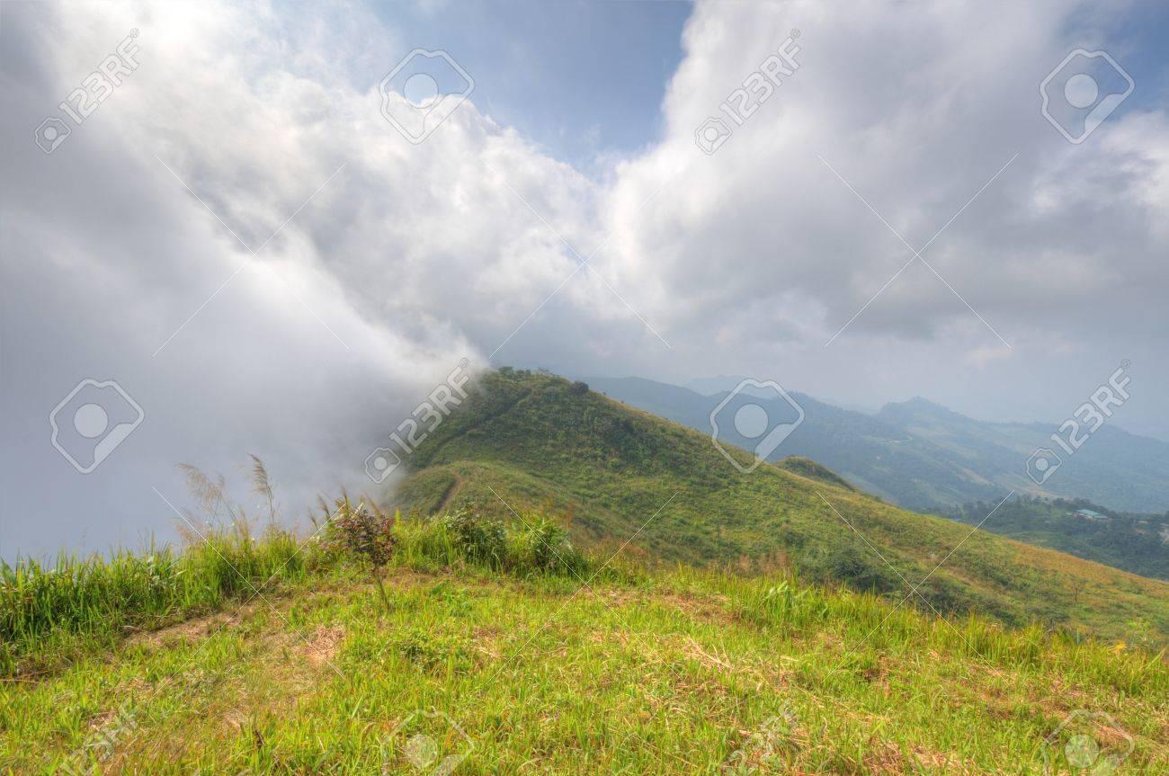 Viewpoint beautiful mountain at  Doi-Pha-Tang  Chiang rai , northern Thailand  HDR Stock Photo - 16931408