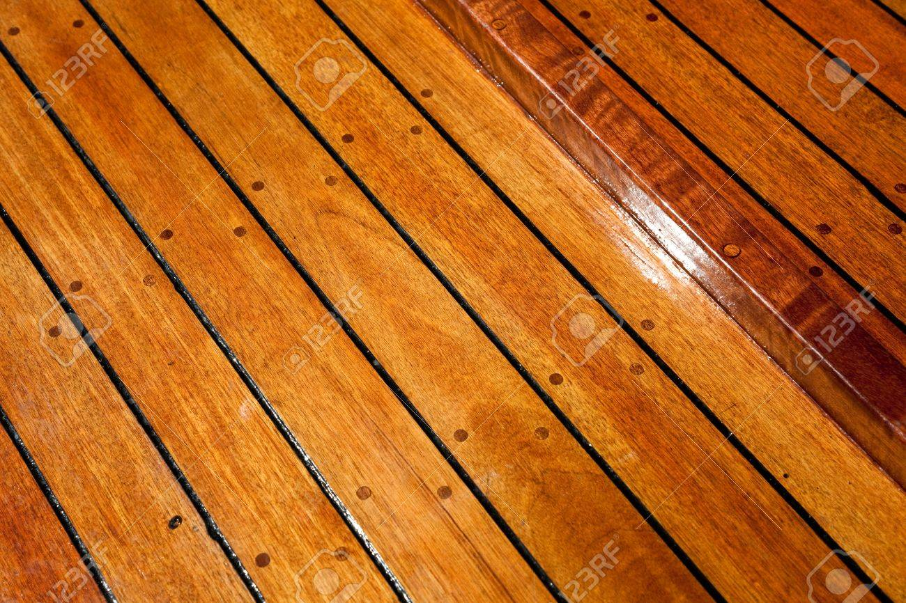 Floor shot wood