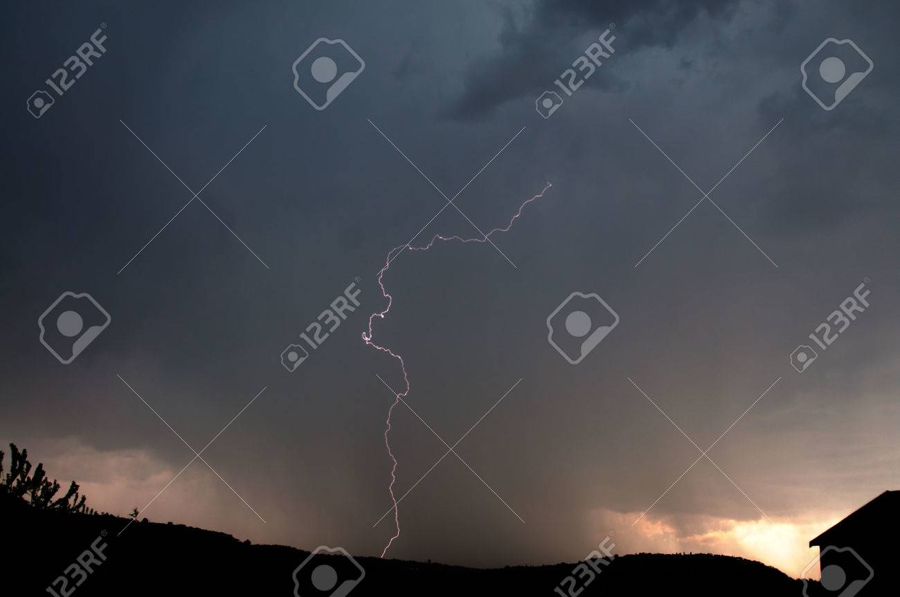Lightning, Weather and Storms in night skies Stock Photo - 45306323