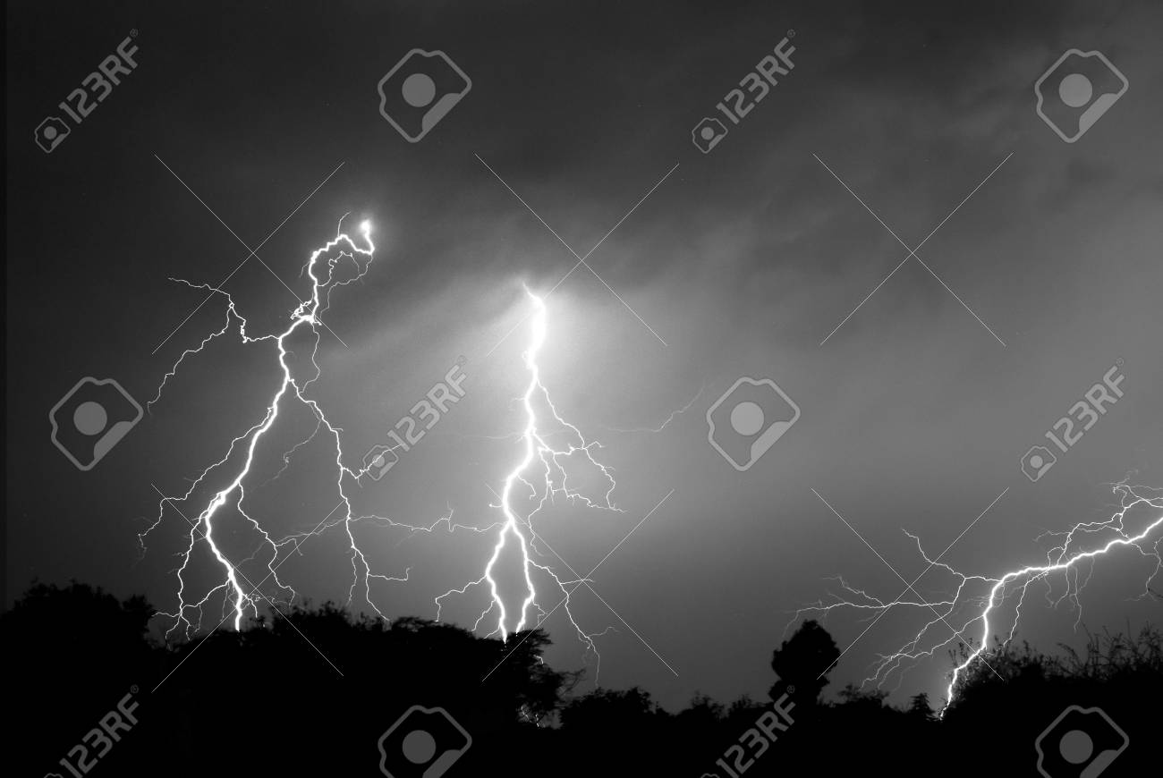 Lightning, Weather and Storms in night skies Stock Photo - 45306363