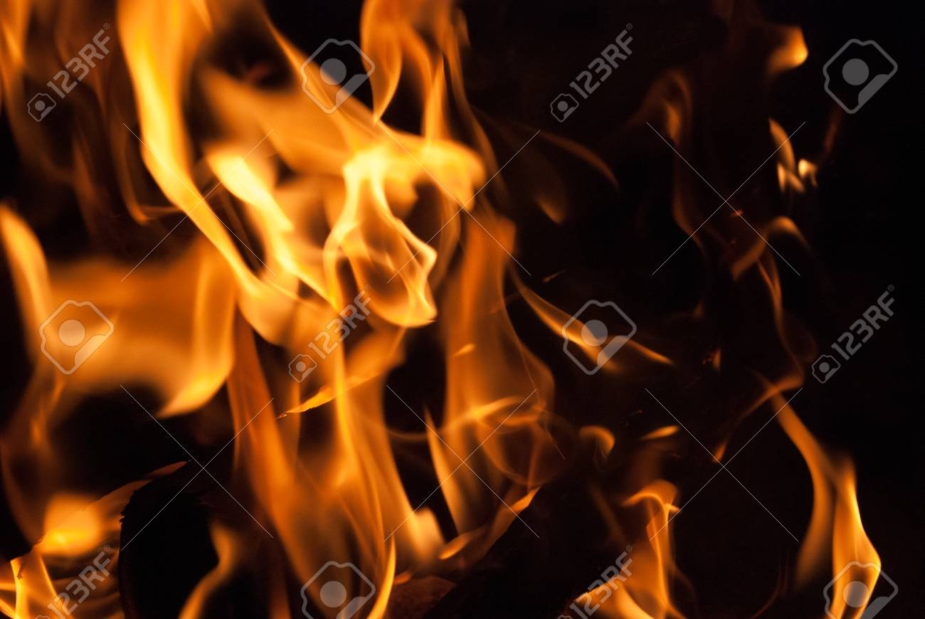 Flickering Flames from a log fire Stock Photo - 46004569