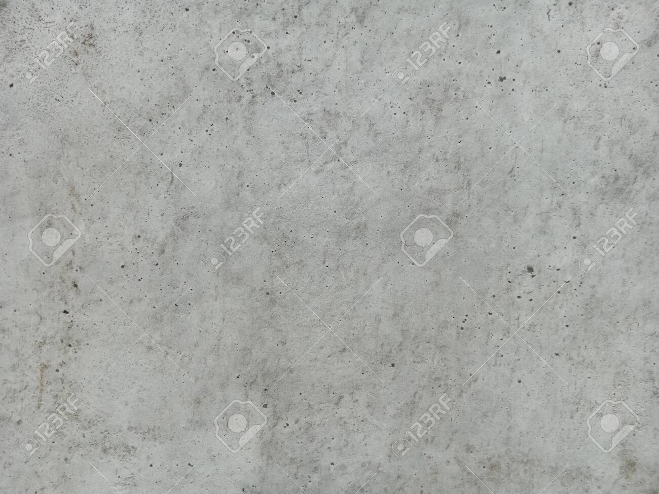 Concrete surface using steel formwork Oil the coating to prevent the concrete from sticking. - 123832119