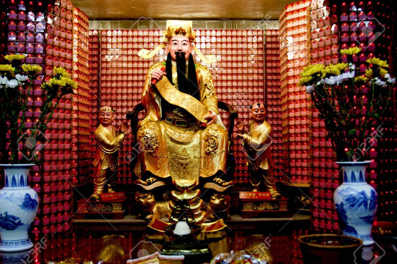 a statue of a chinese god in a temple in taipei Stock Photo - 10483952