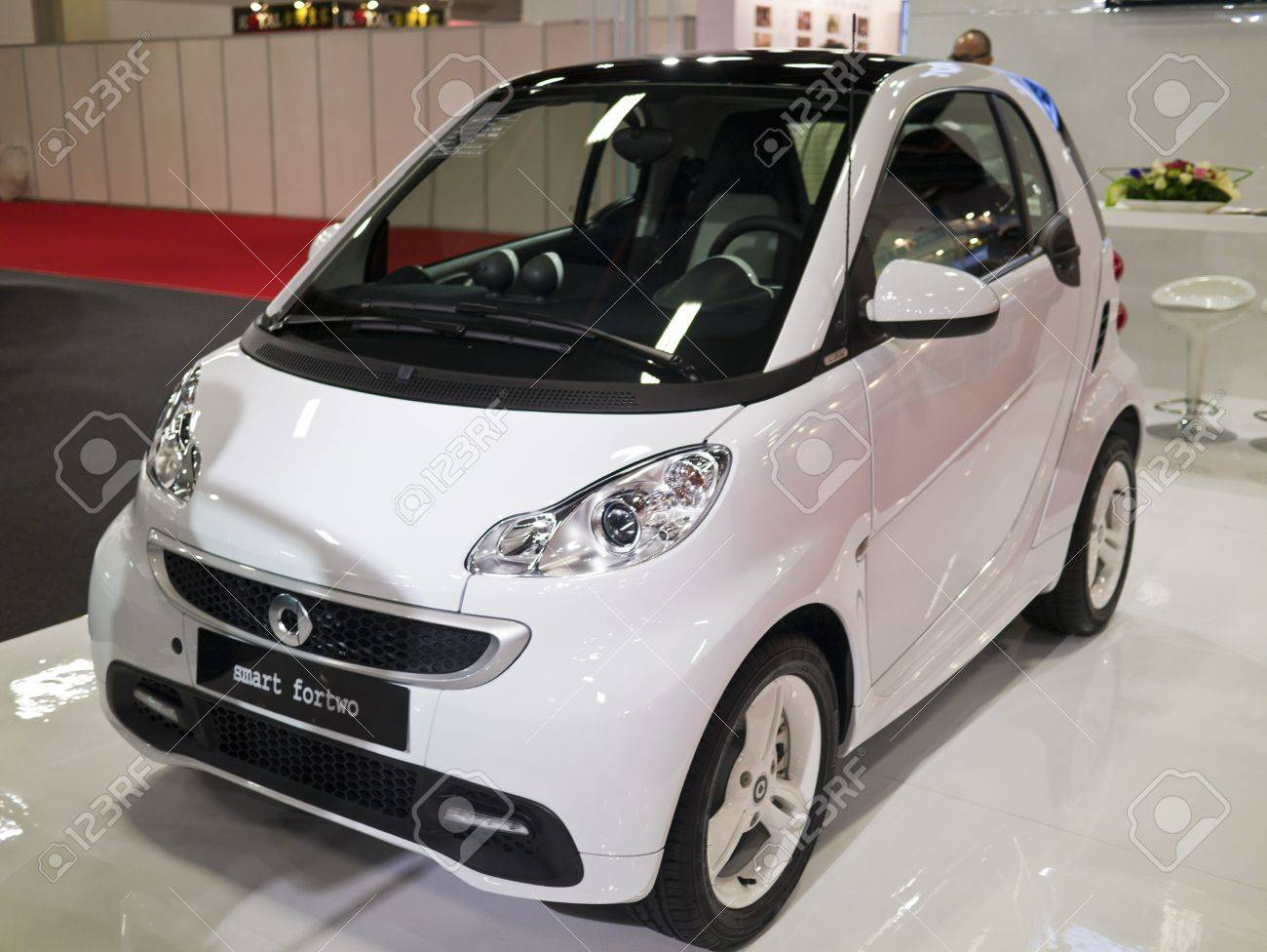 Mercedes Smart Car >> Taipei Taiwan December 21 New Car Of Mercedes Benz Smart Fortwo