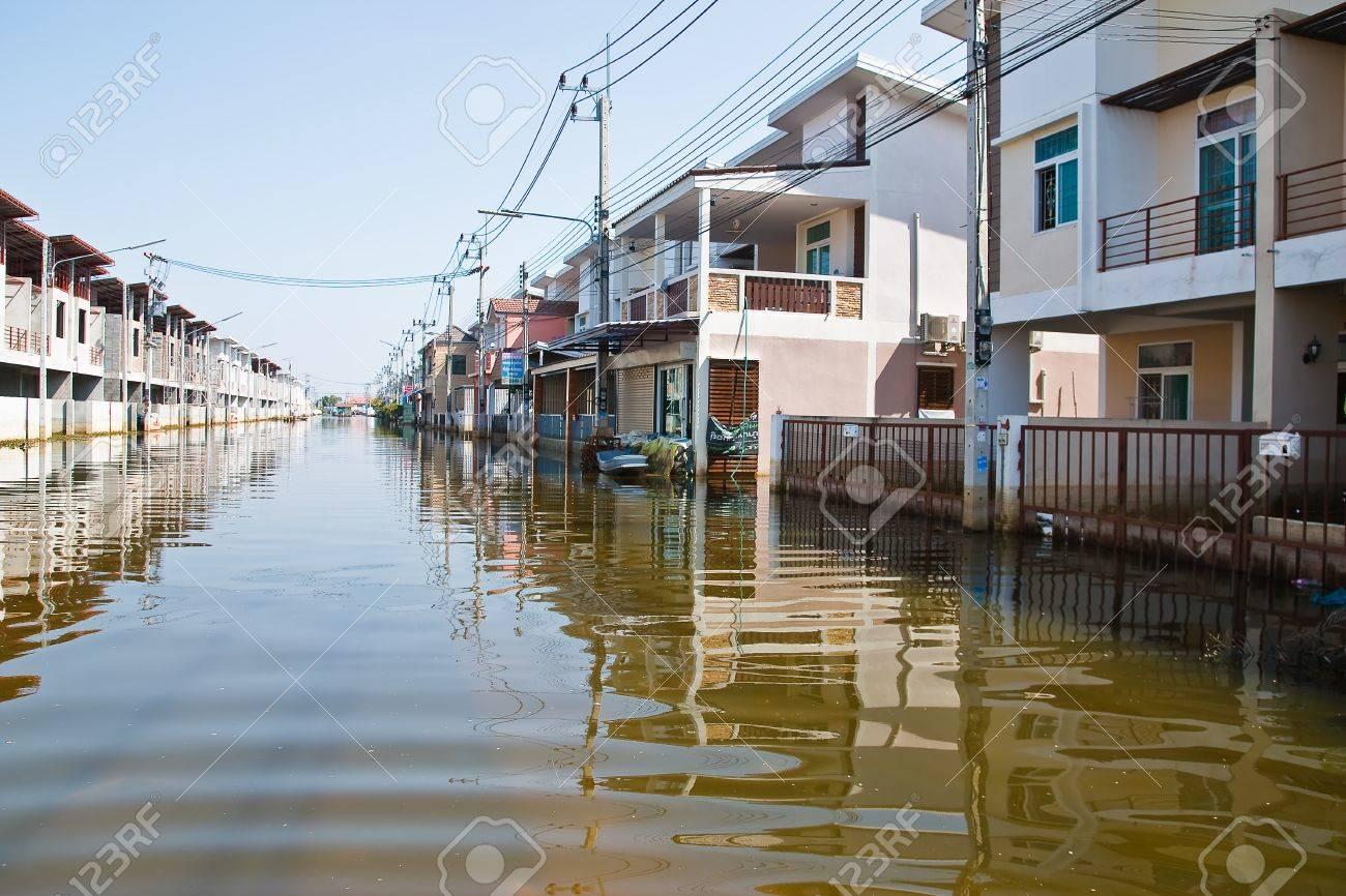 バンコク, タイ - 11 月 16 日: ...