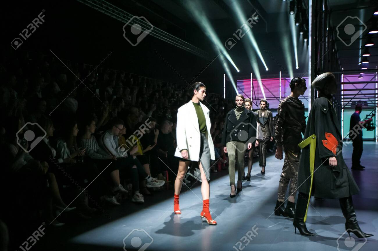 Zagreb, Croatia - October 24, 2019 : A model wearing Les Emaux fashion collection on the catwalk at the Bipa Fashion.hr fashion show in Zagreb, Croatia. - 139613463