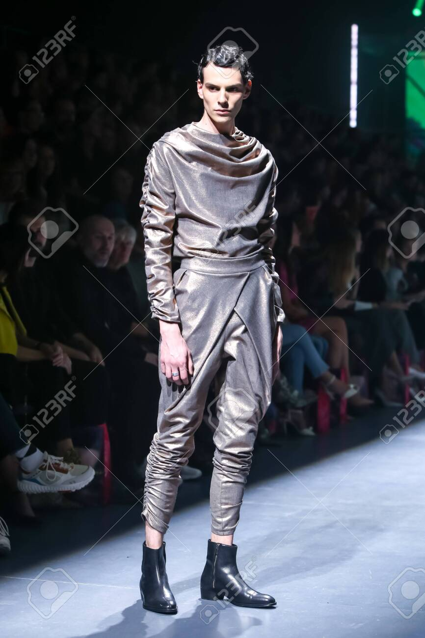 Zagreb, Croatia - October 24, 2019 : A model wearing Les Emaux fashion collection on the catwalk at the Bipa Fashion.hr fashion show in Zagreb, Croatia. - 139613466