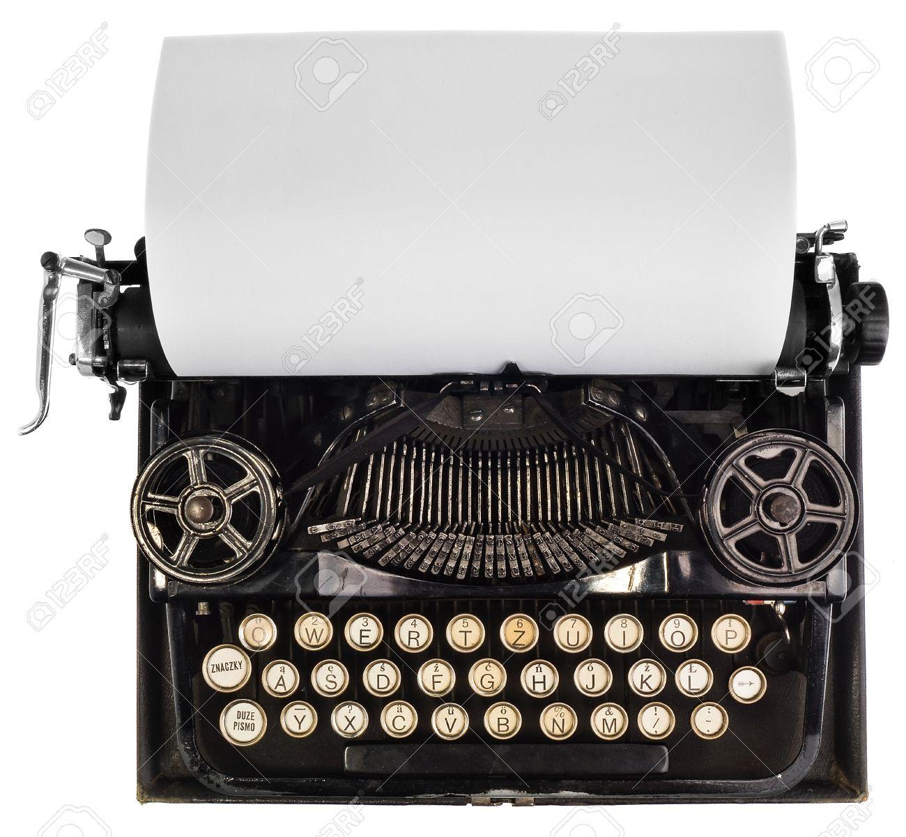 Antike Schreibmaschine mit weißen leeren Blatt Papier, Ansicht von oben auf  weißem Hintergrund, Ansicht des Mechanismus und Blick auf die alte ...