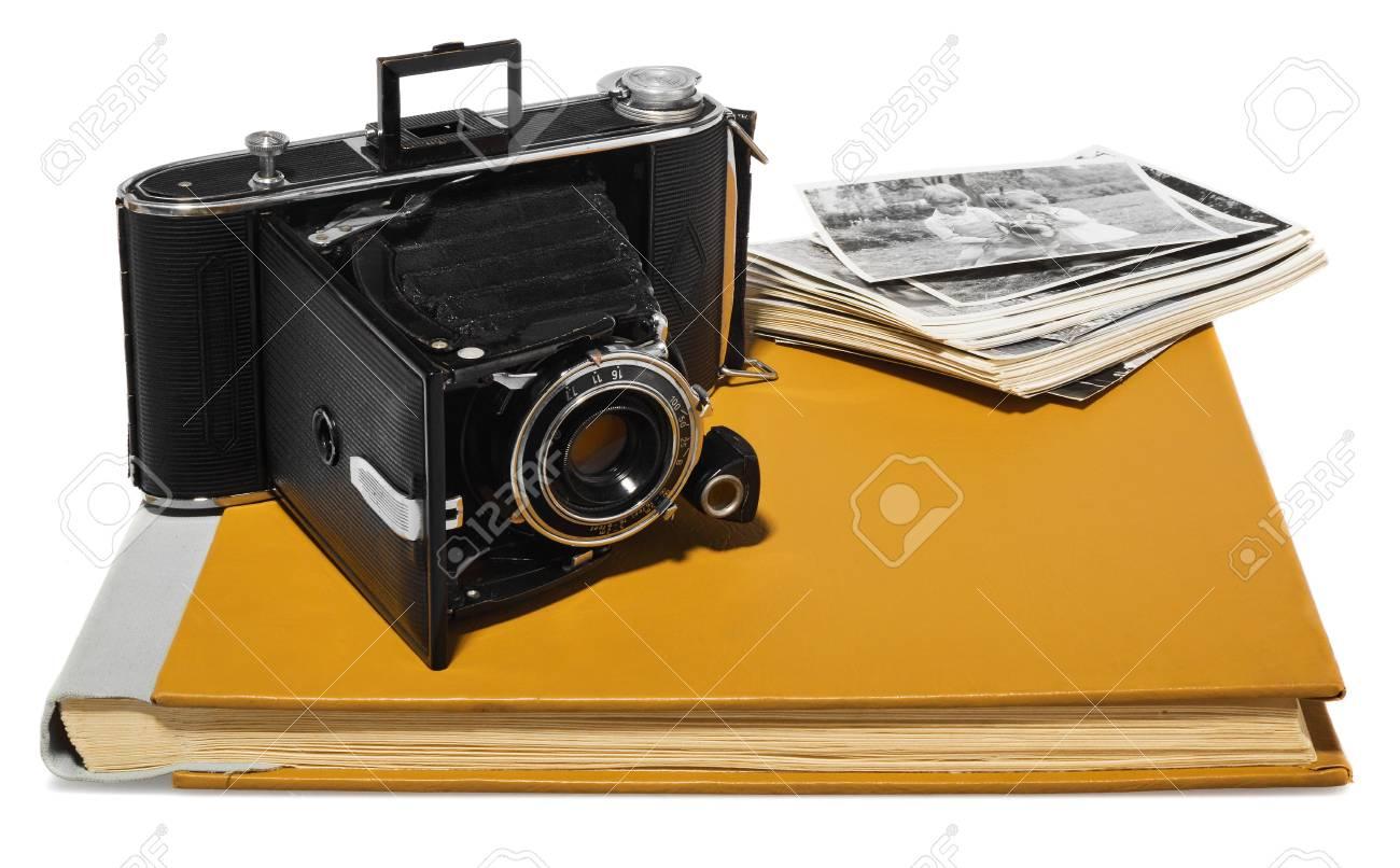 09196068a1 Modelo De Cámara Agfa Billy Record - Álbumes De Fotos Antiguas En Amarillo  Y Verde - Fotografías En Blanco Y ...