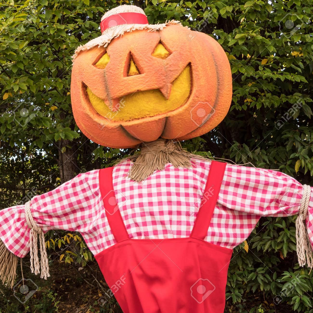 Halloween A Gardaland.Big Pumpkin For Halloween In Gardaland Park Verona Italy Stock Photo