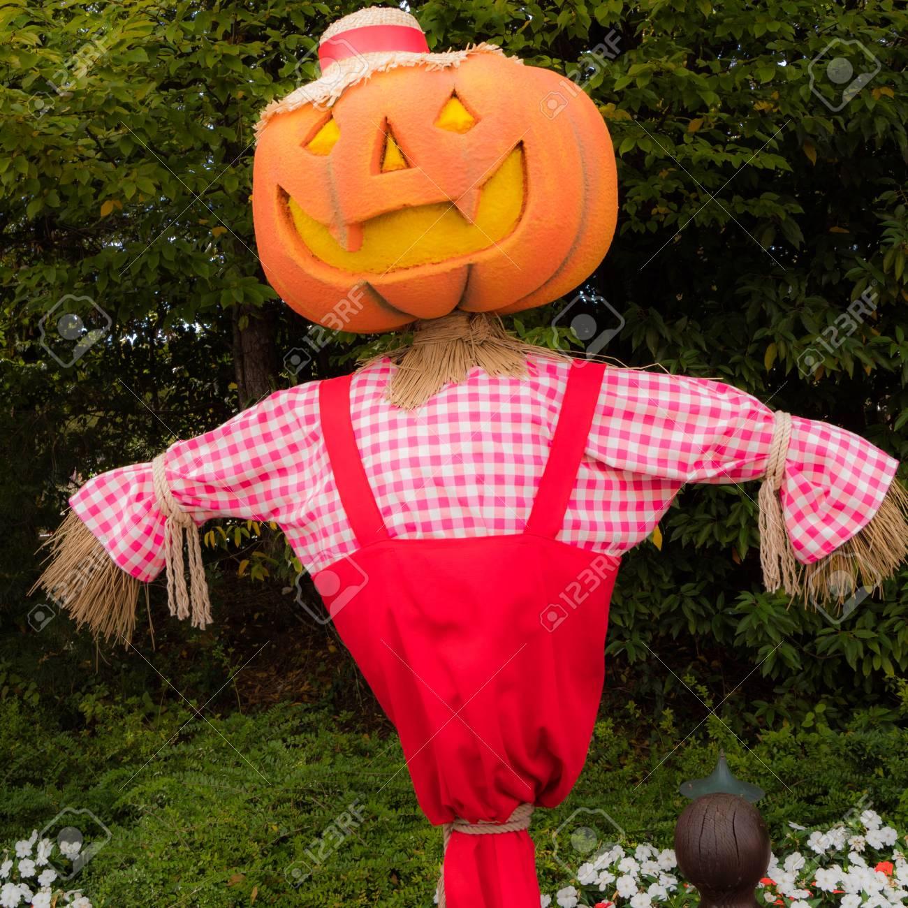 Halloween A Gardaland.Big Pumpkin For Halloween In Gardaland Park Verona Italy