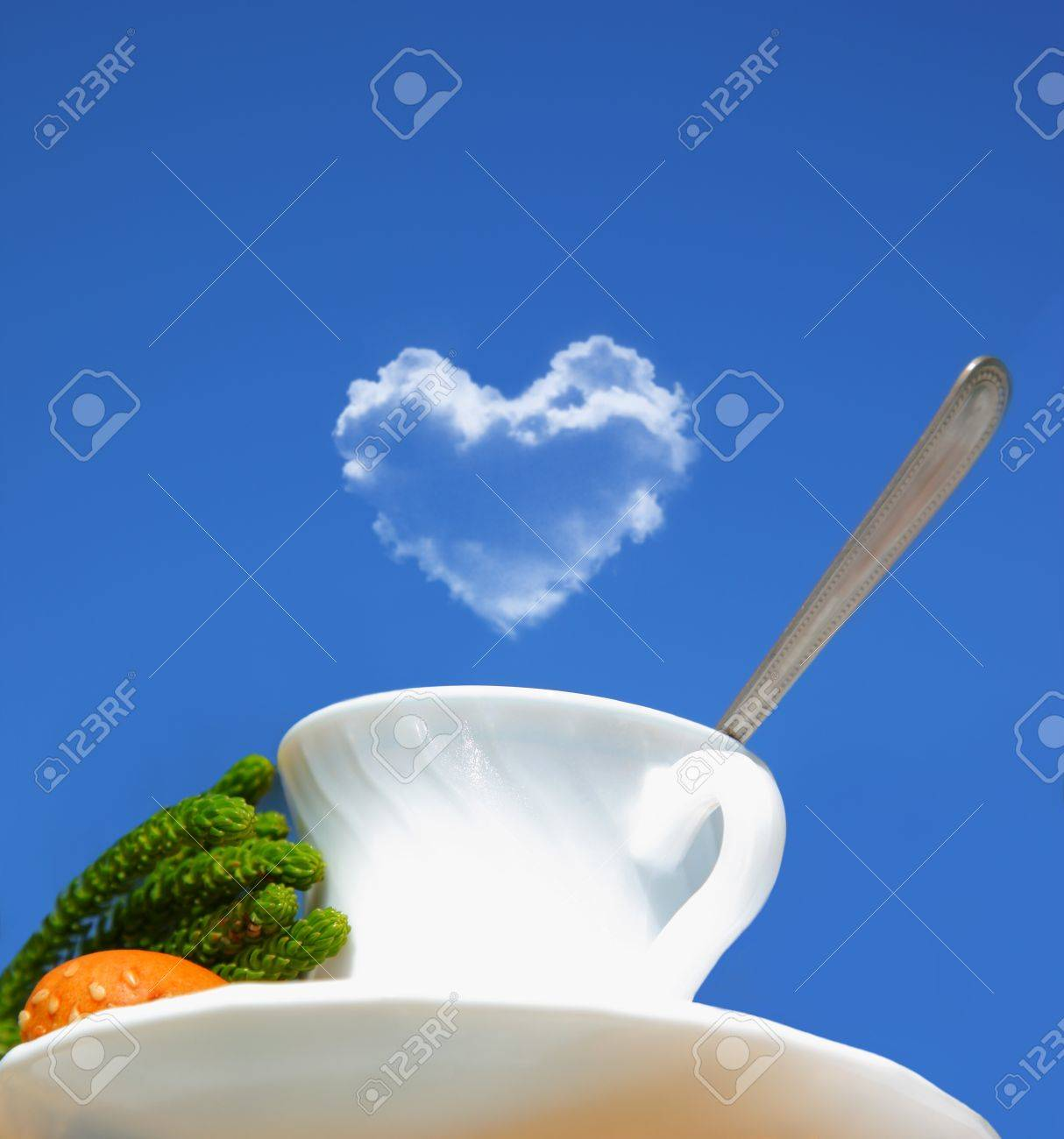 Morgen Getränke, Tee Oder Kaffee über Blauer Himmel, Konzeptionellen ...