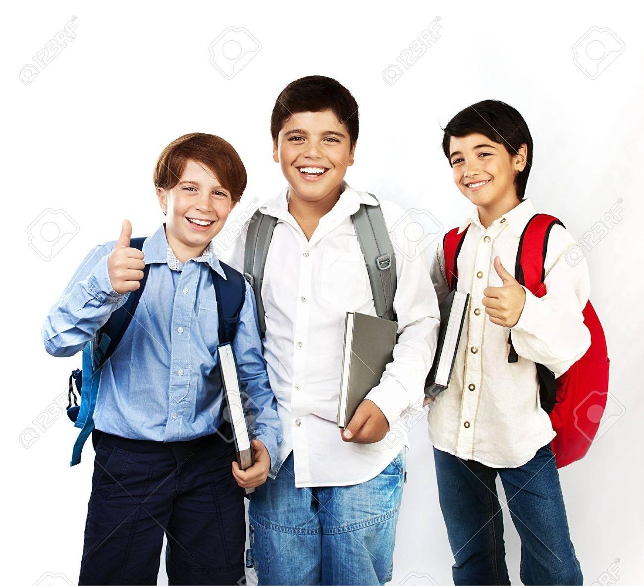 a011f8a90fb Colegiales felices con los pulgares hacia arriba, volver a la escuela, niños  con libros