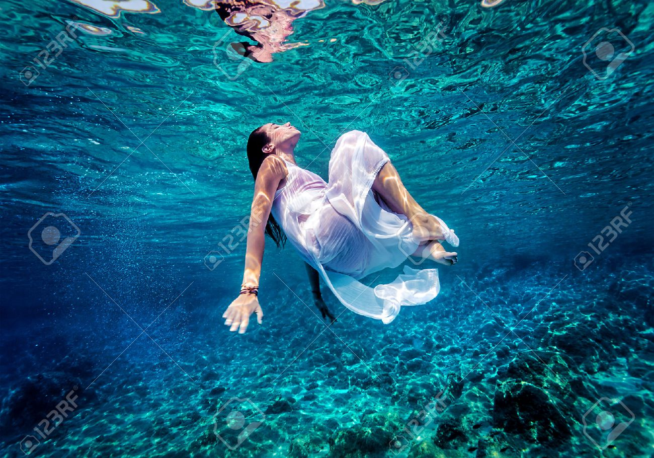 relaxation underwater
